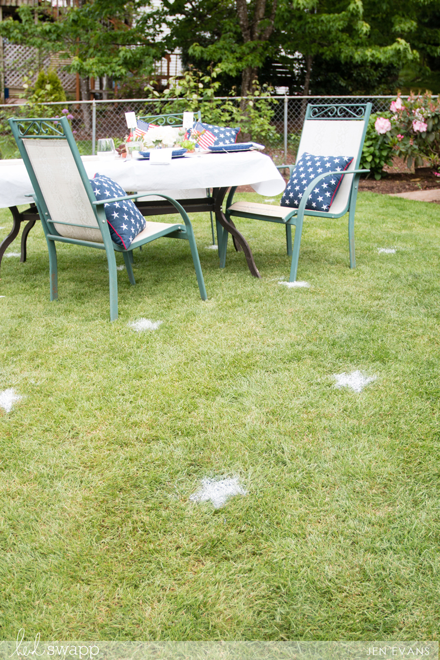 Chalk Art Hacks - use stencils and @heidiswapp Chalk Art spray paint and stencils to create a fun summer celebration for 4th of July by @createoften