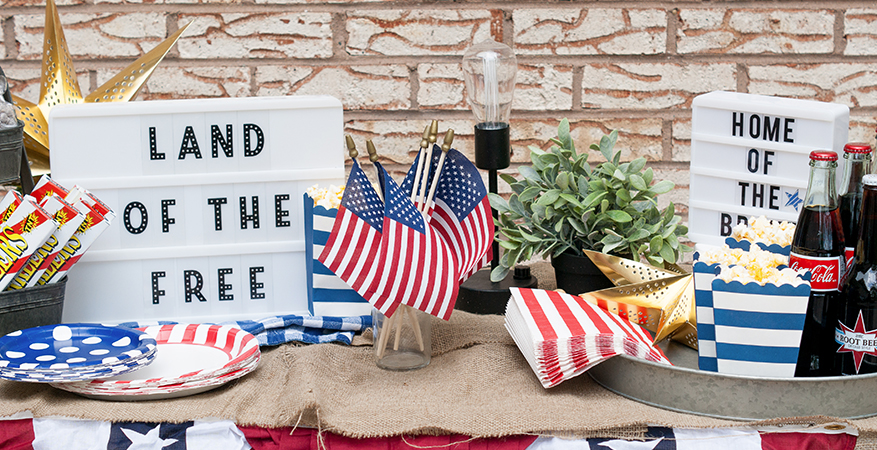 Celebrate the 4th with Heidi Swapp Lightbox! | Maggie Massey for Heidi Swapp