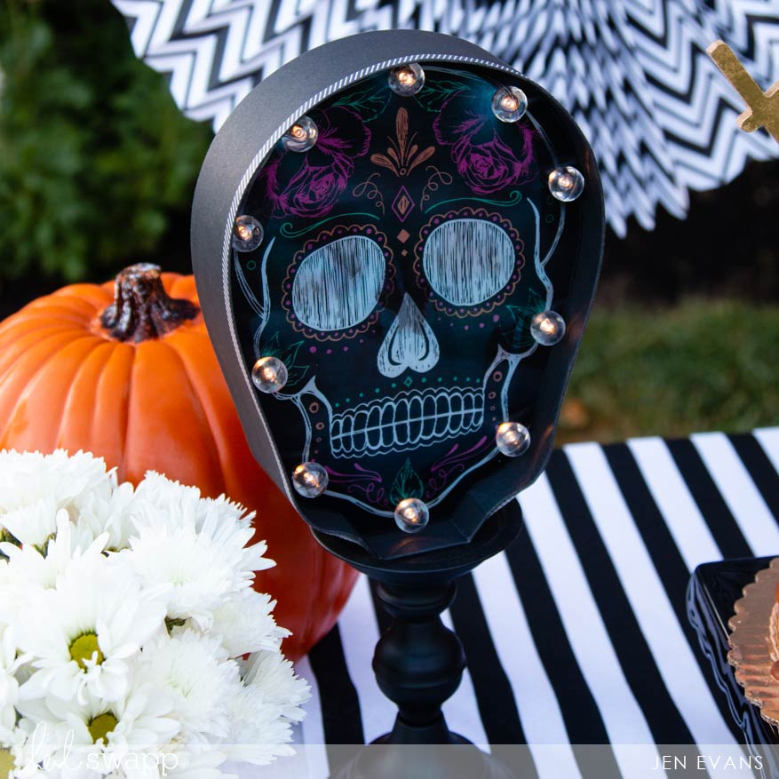Heidi Swapp Halloween Goes Glam | Halloween DIY Party Ideas by @creatoften for @heidiswapp