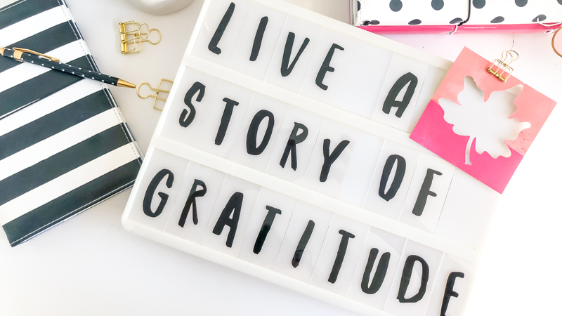 Living a Story of Gratitude With the Help of Heidi Swapp Lightbox